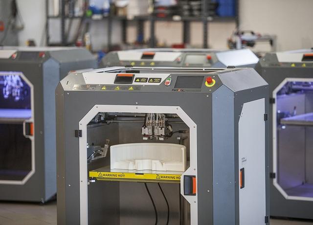 OMNI3D to polski producent przemysłowych drukarek 3D Automotive Production Support