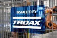 Panele bezpieczeństwa TROAX - Automotive Production Support