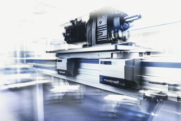 Cyfrowy system transportowy shuttle firmy montratec GmbH napę_system sterowniczy Automotive Production Support